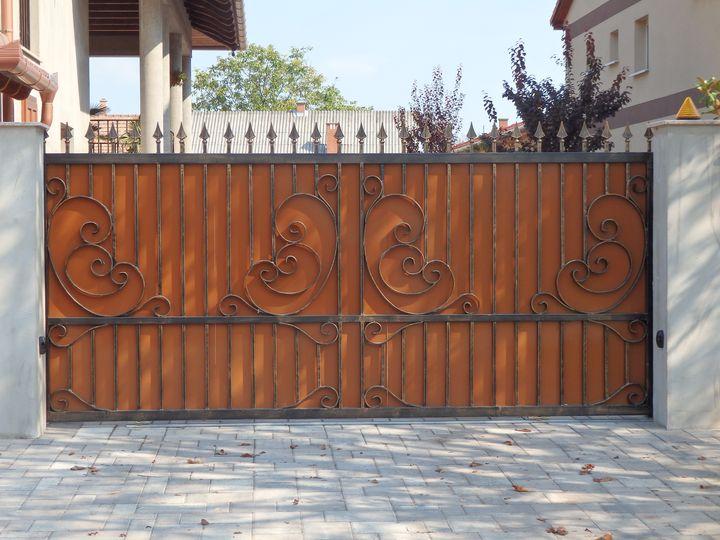 5e12085a65 Kerítések, kapuk, tolókapu, úszókapu, kétszárnyú kapu, személykapu ...